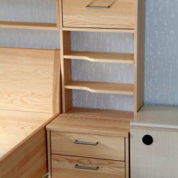 Schlafzimmer-esche-samina-nachtschrank